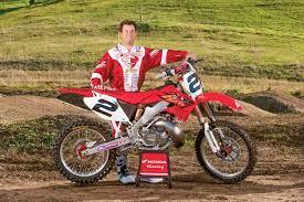 MARDI À DEUX TEMPS: L'USINE CR2005 DE JEREMY MCGRATH 250 | Magazine Action  Motocross