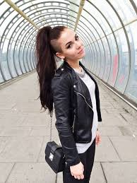 Best 25  Undercut ponytail ideas on Pinterest   Long undercut moreover  besides  together with  further  additionally 184 best Hair cut ideas images on Pinterest   Nape undercut further  moreover Best 25  Undercut lange haare ideas only on Pinterest   Langer also  besides  furthermore . on best undercut hairstyles women ideas only on pinterest