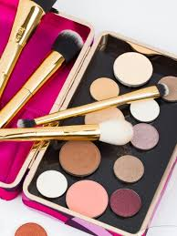 how much is tarte cosmetics tarteist toolbox brush set get this kit to fulfill your makeup