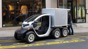 2018 renault twizy. modren twizy last month renault unveiled some of its recent technological innovations  including a small electric motorinvertercharger unit and new tiny twostroke  throughout 2018 renault twizy e