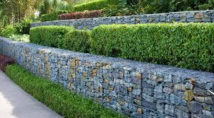 Eine gabionenmauer dient auch als windschutz. Hang Abfangen Alle Methoden Und Ihre Vorteile Vorgestellt