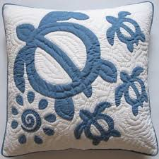 27 best Tattoo images on Pinterest | Balcony, Best tattoo and Drawing & Hawaiian Quilt Honu Pillow.. I've always wanted to try making a Hawaiian Adamdwight.com