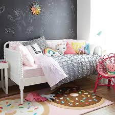 cute bedroom decorating ideas for