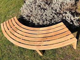 backless curved bench sustainably