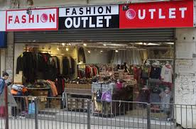 fashion outlet on hill road at shek tong tsui