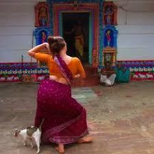 Risultati immagini per Interno del Tempio Yoginī, Hirapur