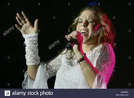 2006 contest singing teen