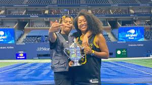 Sep 14, 2020 · after the killing of floyd, a black man who died when a police officer kneeled on his neck for seven minutes and 46 seconds, osaka flew to minneapolis with her boyfriend, the rapper cordae, to. Fans On Social Media Are Going To Town On Naomi Osaka S Rapper Boyfriend Sportbible