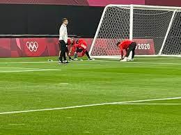 شاهد إحماءات المنتخب الأوليمبى قبل مباراة إسبانيا.. صور - اليوم السابع