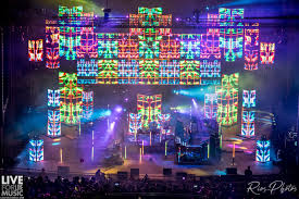 Pretty Lights Live Pretty Lights Celebrates 10th Anniversary At Red Rocks With