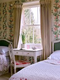 Shabby Chic Bedroom Wallpaper Photo Page Hgtv