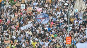 Global climate strike Melbourne: Students rally in Melbourne CBD