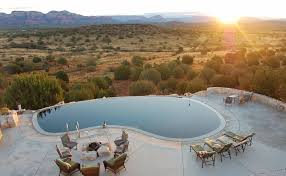 Brilliant Infinity Pool Design Backyard On Cliffside Overlooking Sagebrush Landscape And Innovation Ideas