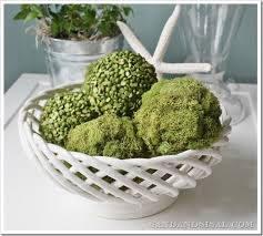 Decorating With Moss Balls Pea and Moss Balls Sand and Sisal 6