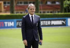 روبرتو مانشيني.. الساعي لترميم القلب الإيطالي المكسور |