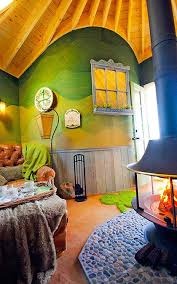 treehouse masters inside. Your Childhood Dream Home The Extreme Treehouses Of Treehouse Masters Inside B