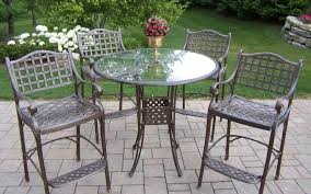 removing rust from metal furniture