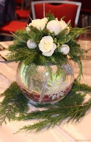 Image Table Totally Adorable White Christmas Floral Centerpieces Ideas 26 Pinterest 46 Totally Adorable White Christmas Floral Centerpieces Ideas