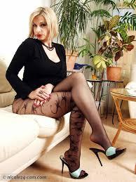 Fetish free heel leg nylon