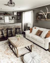 Pin by Hillary Bishop on Joanna Gaines = Spirit Animal | Farm house living  room, Western home decor, Home living room