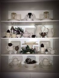 Winter White dish display #chinahutch #tablescape
