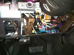 car audio tips tricks and how to s hummer h2 stereo removal this is what was left in this hummer after the first attempted remote start installation by another local shop lol i won t say any s