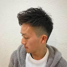 ちょっと外国人風のショートヘア 後ろは高めに刈り上げサイドのツー