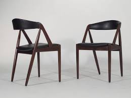 curved back dining room chairs dining chair curved back curved back leather dining chair