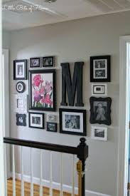 Decorating A Large Wall 25 Best Hallway Wall Decor Ideas On Pinterest Stair Wall Decor