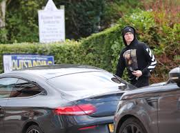 Alexis sanchez's girlfriend mayte rodriguez. Manchester United Ace Scott Mctominay Heads For Lunch Wearing 400 Off White Mona Lisa Hoodie