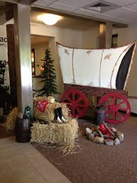 Wild West Covered Wagon Hay Bale Fake Campfire School Room