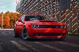 2018 Dodge Challenger Srt Demon Is The World S Fastest 0 60mph Production Car Carscoops Dodge Challenger Srt Challenger Srt Demon Challenger Srt