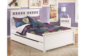 Zayley Full Panel Bed with Storage