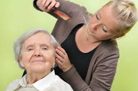 Resultado de imagem para cuidador de idoso