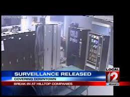 Video Vending Machine Delectable Surveillance Video Of Vending Machine Money Theft YouTube