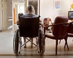 ilration d une personne âgée dans une maison de retraite