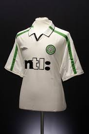Official celtic shirts, shorts and socks. 18 Glasgow Celtic Shirts Kit Ideas Celtic Shirts Football