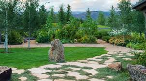 thyme fringed pavers