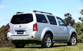 Nissan Pathfinder Off-Road Vehicle Wallpapers
