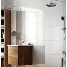 bathroom white tiles: modern large format white bathroom tiles brick bond pattern