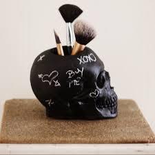 black skull makeup brush holder