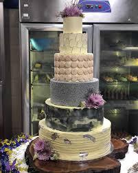 desi weddding cakes sonam kapoor