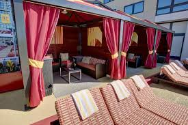 H2o Cabanas Picture Of Golden Nugget Atlantic City