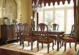 North Shore Traditional Dining Room - Traditional dining room set