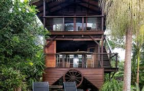 Top Treehouse Accommodation In NSW  EllaslistTreehouse Byron Bay