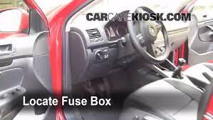 interior fuse box location 2005 2014 volkswagen jetta 2006 interior fuse box location 2005 2014 volkswagen jetta