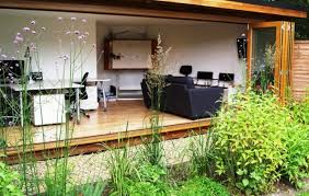 Small Picture Bespoke Contemporary Garden Room wins Contemporary Garden Rooms