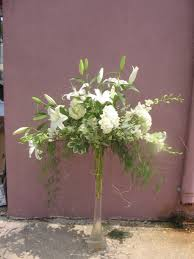 ... Stunning Table Centerpiece Decoration Using Flowers For Tall Vases :  Excellent Decoration For Wedding Table Design ...