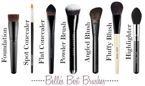 belle s must have makeup brushes