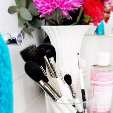 makeup brushes makeup hints tips how to clean